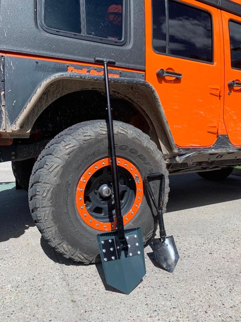 Metal Foldable Shovel Emergency Car Snow Shovel Camping Caravan Garden Spade