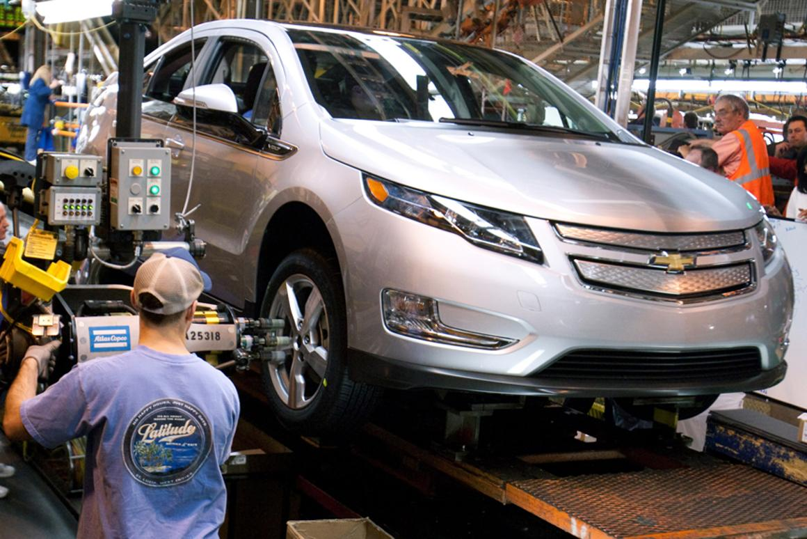 The first pre-production Chevrolet Volt (pictured here) moves along the assembly line at the Detroit-Hamtramck manufacturing plant (Image: John F. Martin for Chevrolet)
