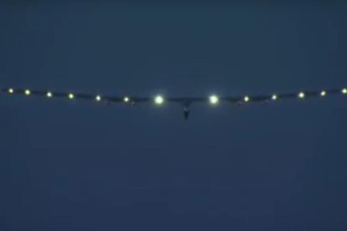 Solar Impulse 2 coming into land at LeHigh Valley