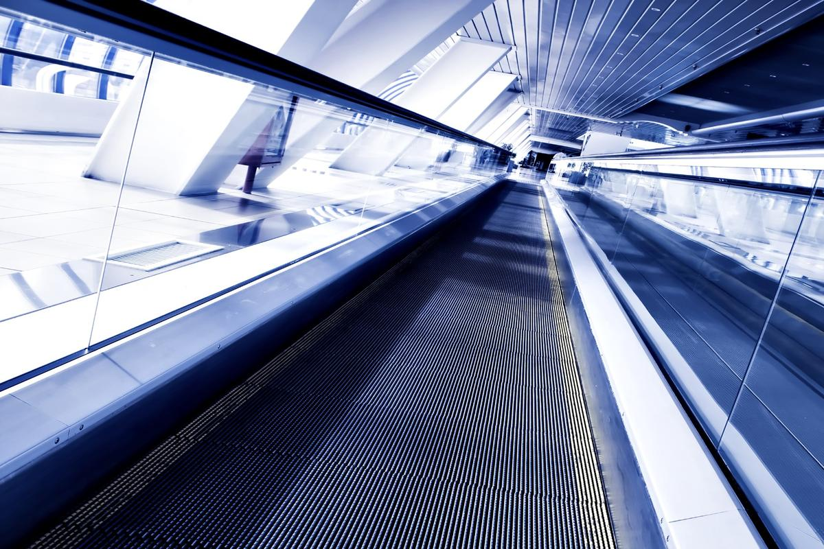 Researchers say that moving walkways in a city the size of Geneva could carry 7,000 passengers an hour