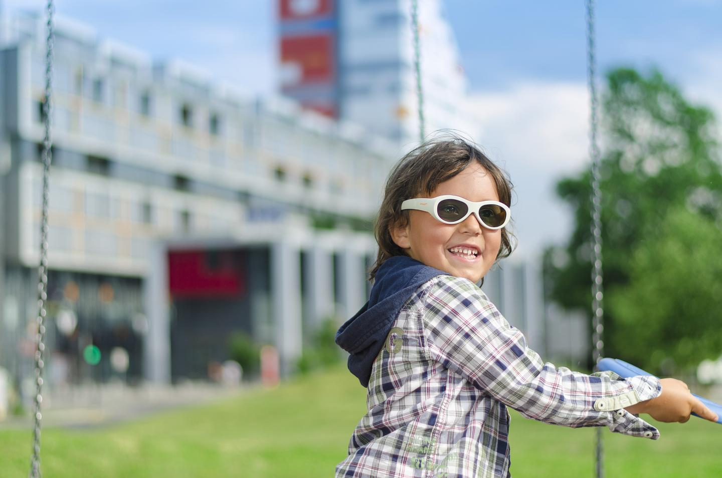 Programmable glasses wit LCD lenses could offer a more straightforward way to treat lazy eye in children