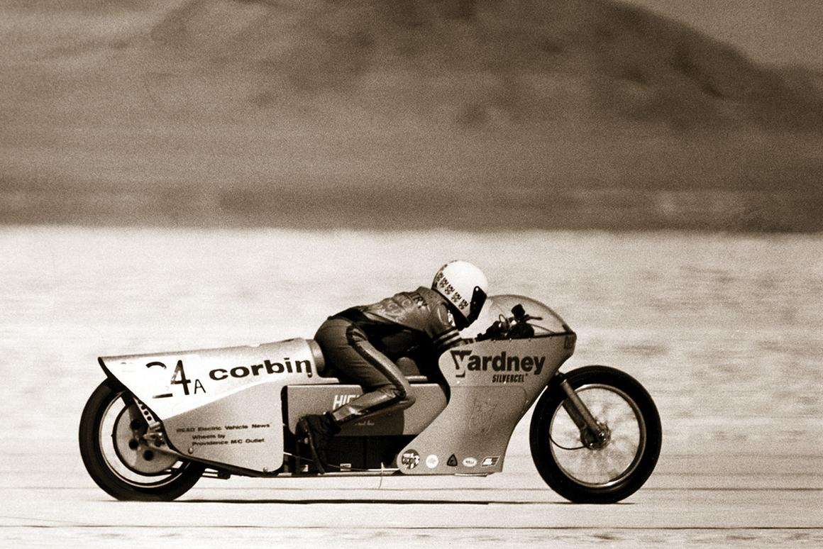 Mike Corbin sets the electric land speed record of161.387mph round trip, with trap speeds over 201 mph, in 1974 – that record lasteduntil Richard Hatfield's Lightning LS218 finally beat it in 2012.