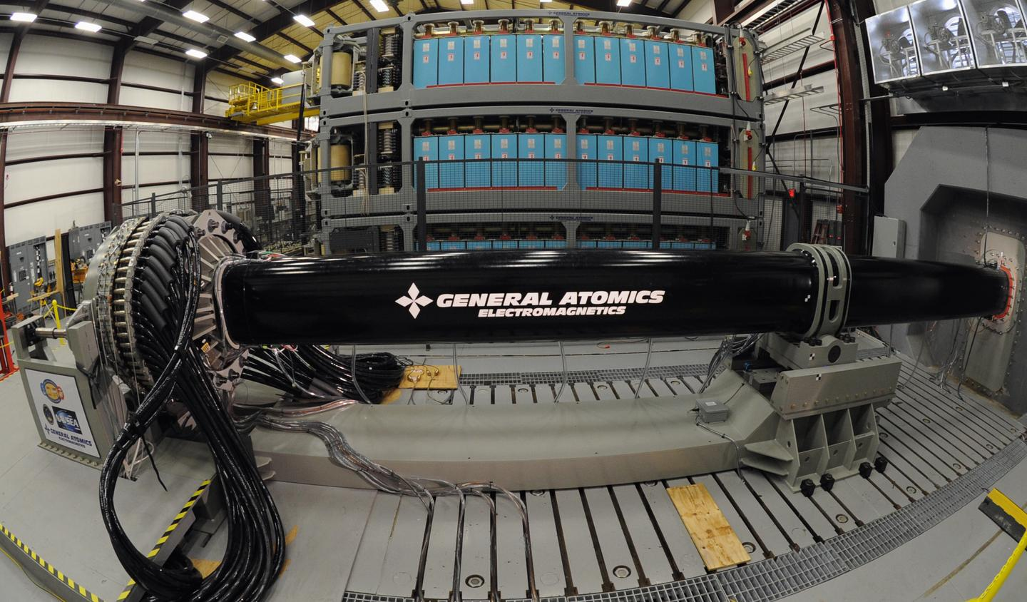 US Atomics railgun (Image: US Navy/John F. Williams)