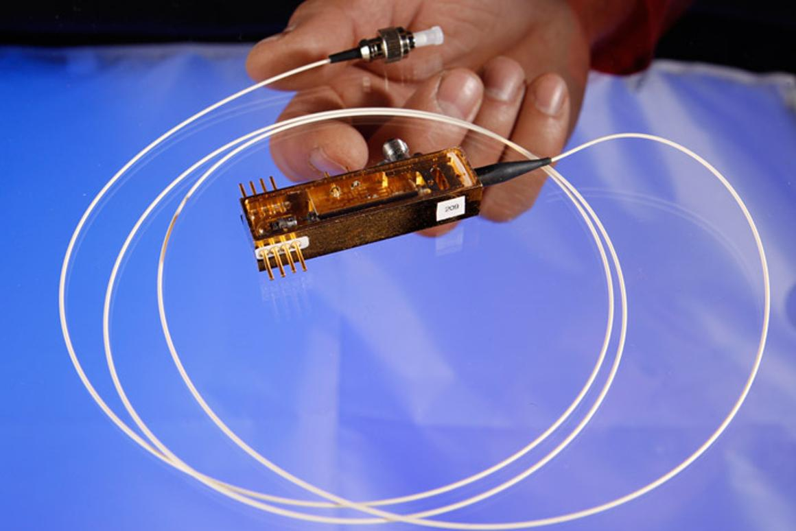 The new device incorporates quantum photon polarization to generate random numbers and create cryptographic keys.
