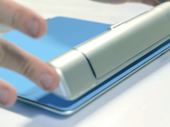 Smart Cargo connects to an iPad Smart Case using magnets