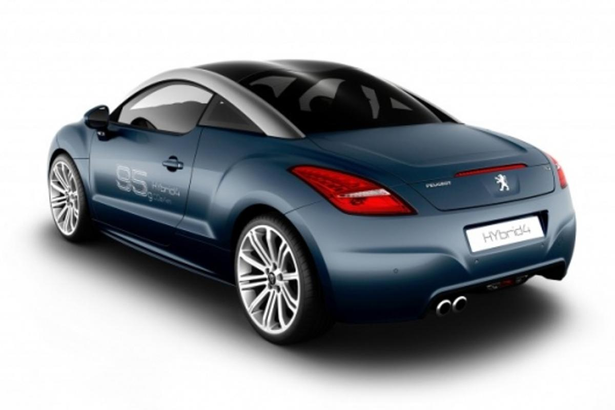 The concept RCZ Hybrid4 has 147 kW yet delivers 70 mpg.