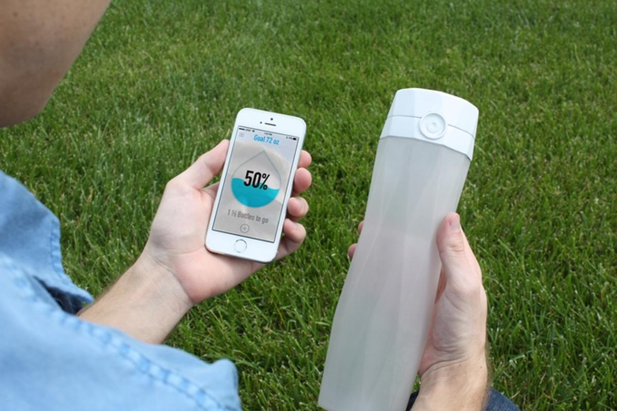 The Hidrate bottle is available for preorder on Kickstarter