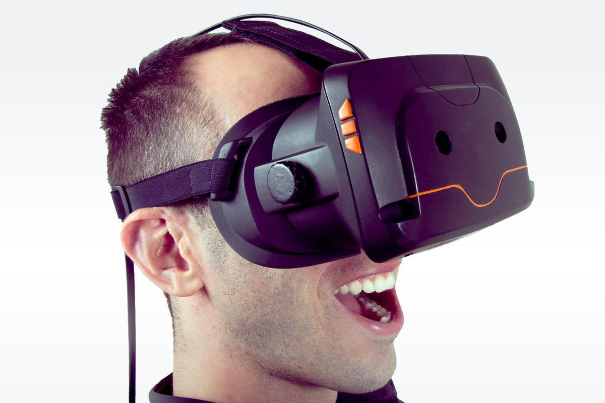 The Totem VR headset is looking to raise $350,000 via Kickstarter