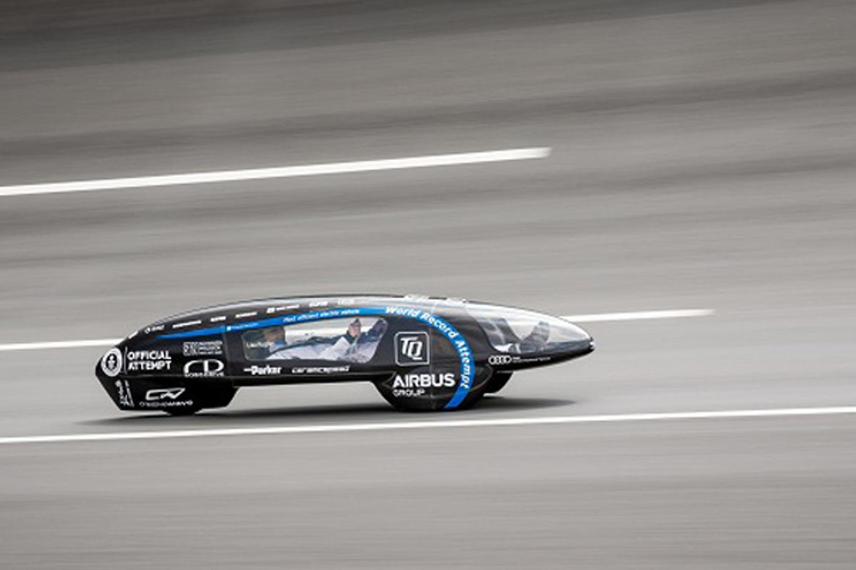 The eLi14 is a modified version of the ShellEcoMarathon car from 2014