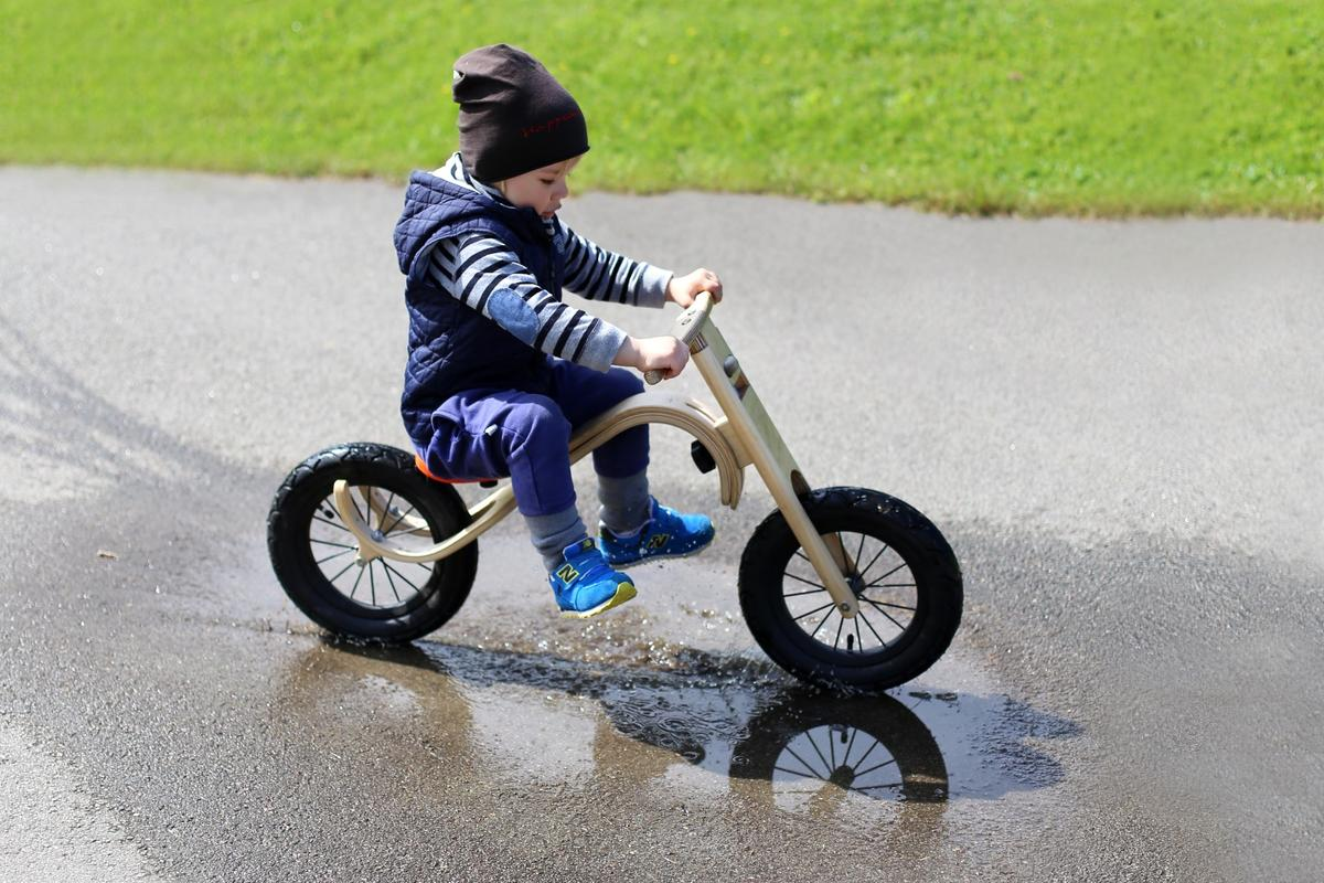 The Leg and Go balance bike