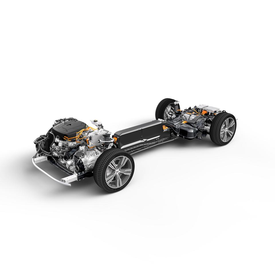 New Volvo S60 T8 Plug-in Hybrid chassis is built on the Scalable Product Architecture the S60 shares with the V60 wagon