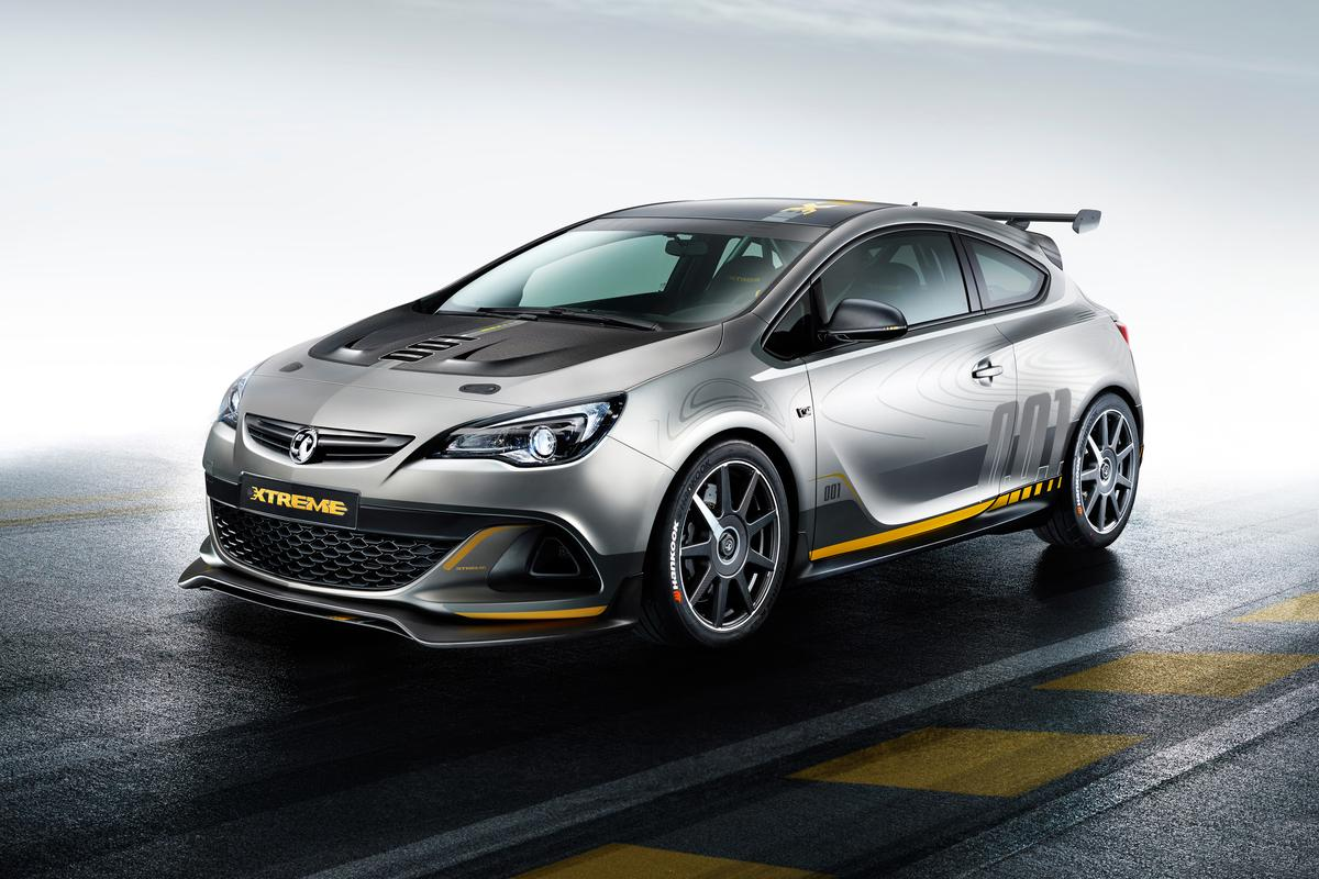 The Astra VXR EXTREME has been derived from last year's Astra Cup race car that competed in the Nürburgring Endurance Championship