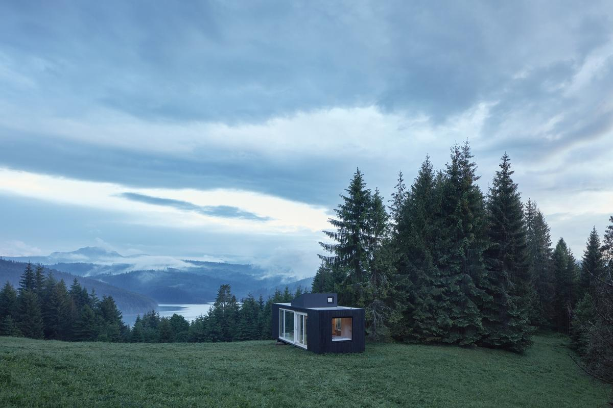 Covering 40 sq m (430 sq ft) in all, the Into the Wild cabin is able to function entirely off grid