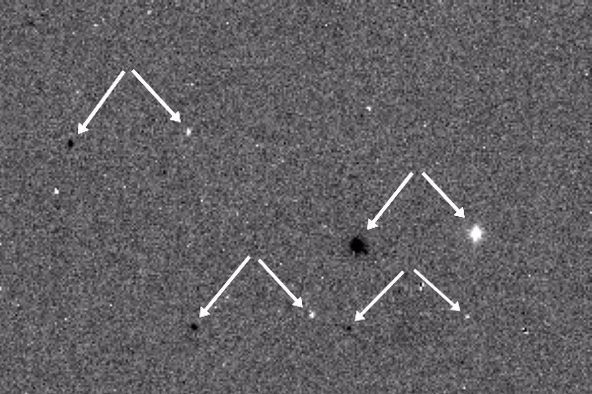 ExoMars first light showing the offset stars superimposed from two images
