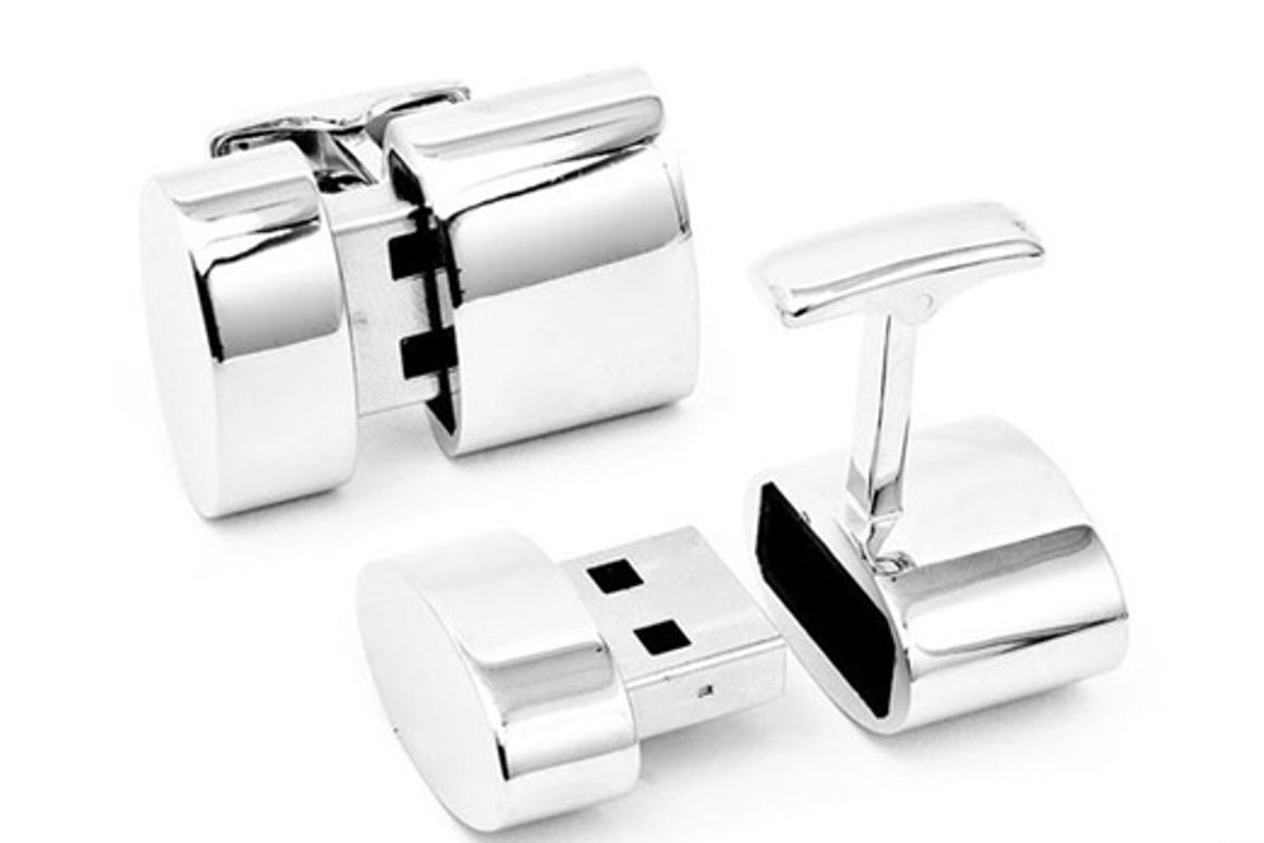 The end of one of the cufflinks pops out, and when plugged into the USB port on your computer creates a hotspot that can be used by other devices