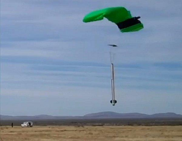 Armadillo Aerospace's STIG-B floats into a GPS-guided soft landing