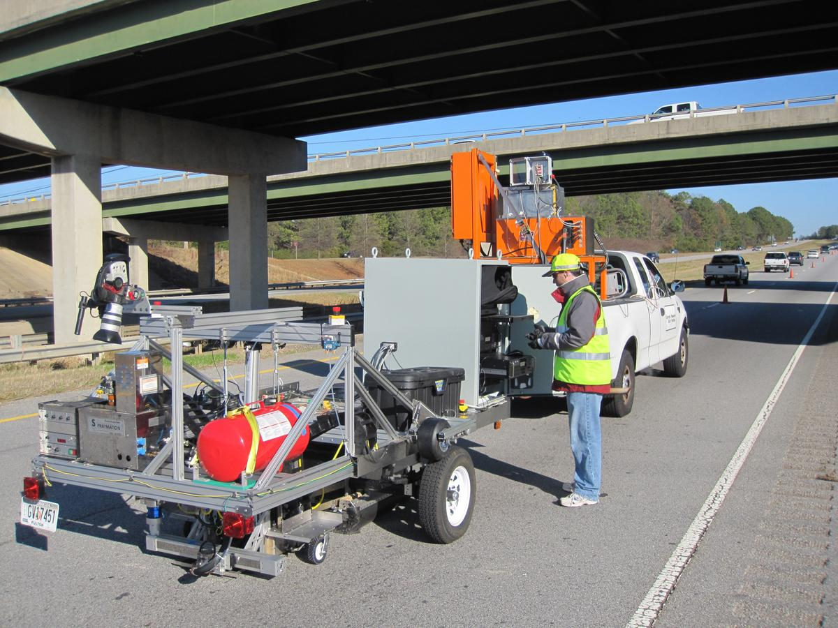 GTRI's prototype automatic pavement crack detection and repair system
