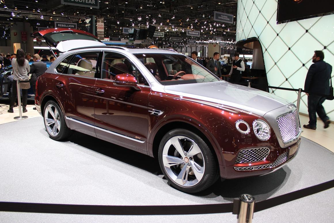 2019 Bentley Bentayga Plug-in Hybrid: Design, Powertrain >> Bentley S Bentayga V6 Hybrid Is Its Greenest Vehicle Yet