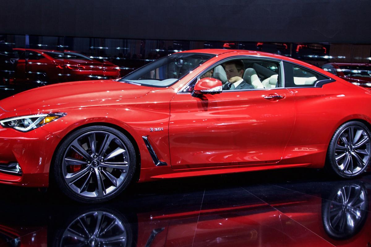 Two engines will be offered with the new Infiniti Q60 – a turbocharged 2.0-liter four-cylinder and an all-new 3.0-liter V6