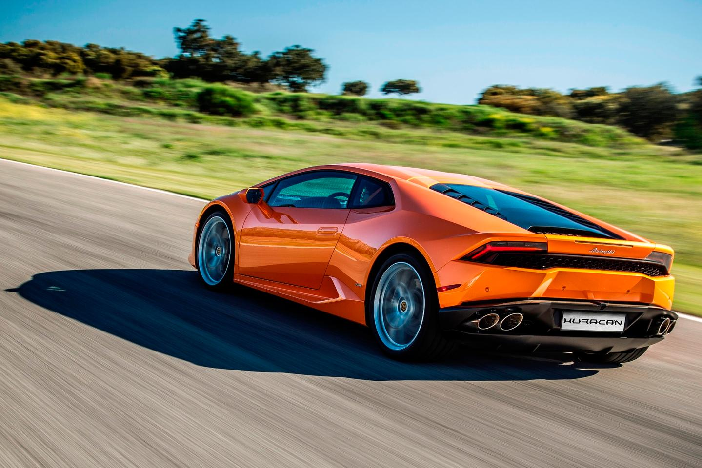 The 2016 Lamborghini Huracán gets standard cylinder deactivation and other small upgrades
