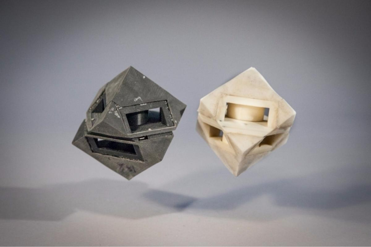"""MIT researchers outfitted their cube robot with shock-absorbing """"skins"""""""