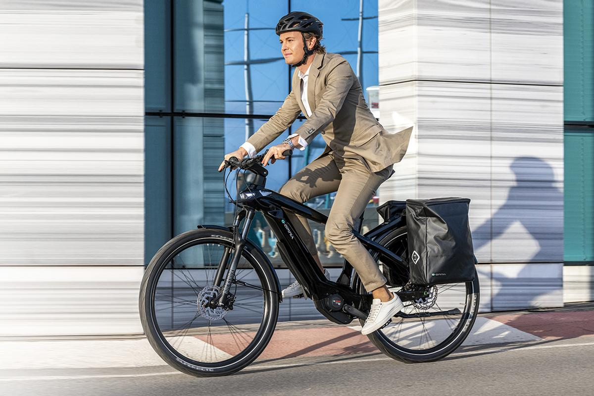 All of the e-Omnia family of ebikes are powered by a Bosch Performance Line CX 250-W mid-mounted motor