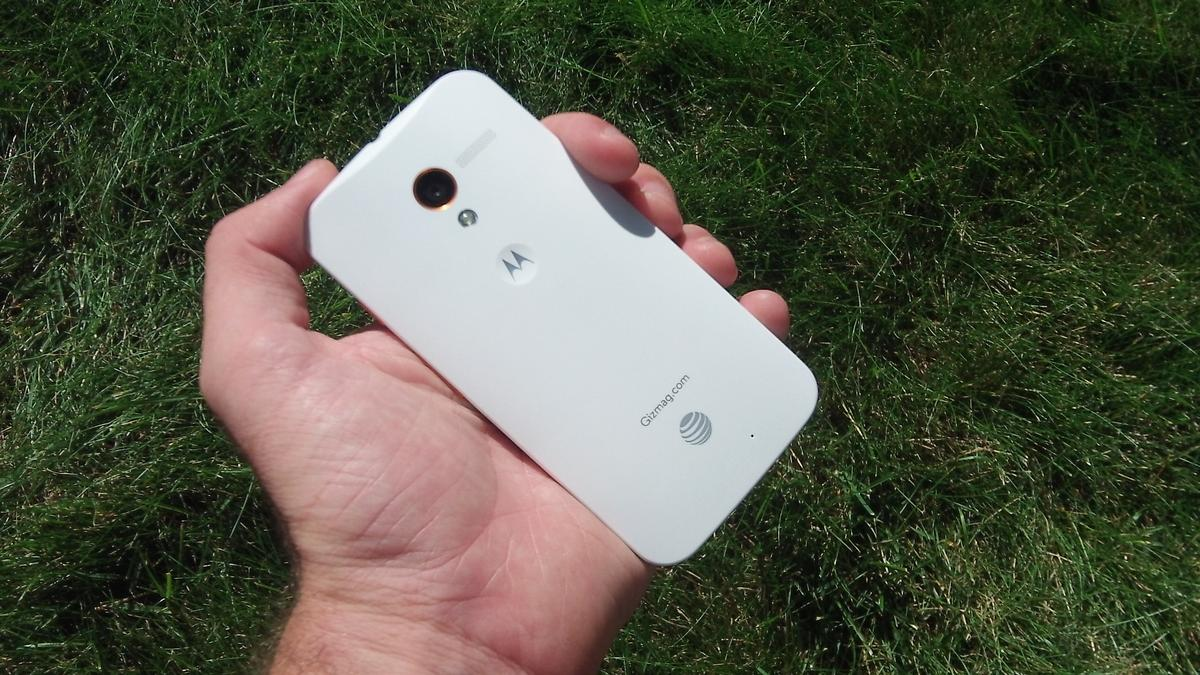 Key features of the Moto X include touchless control and quick camera access via a gesture