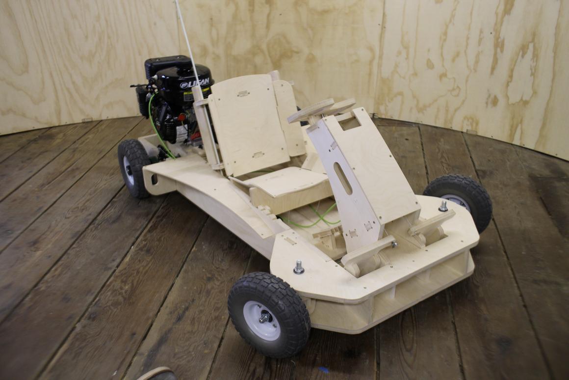 Flatpack go-kart assembles in a few hours, can reach 25 mph