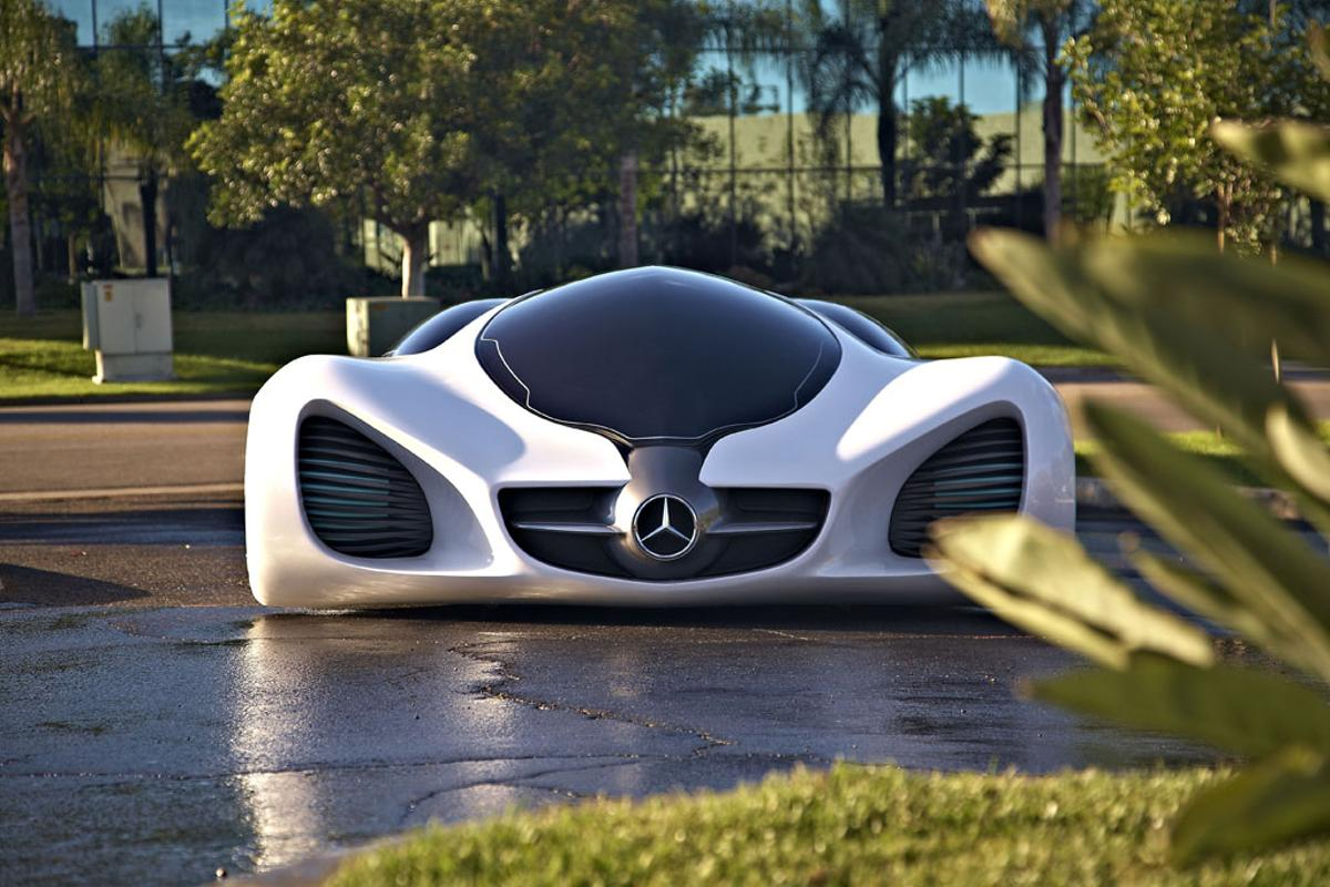 Front view of the Mercedes-Benz BIOME