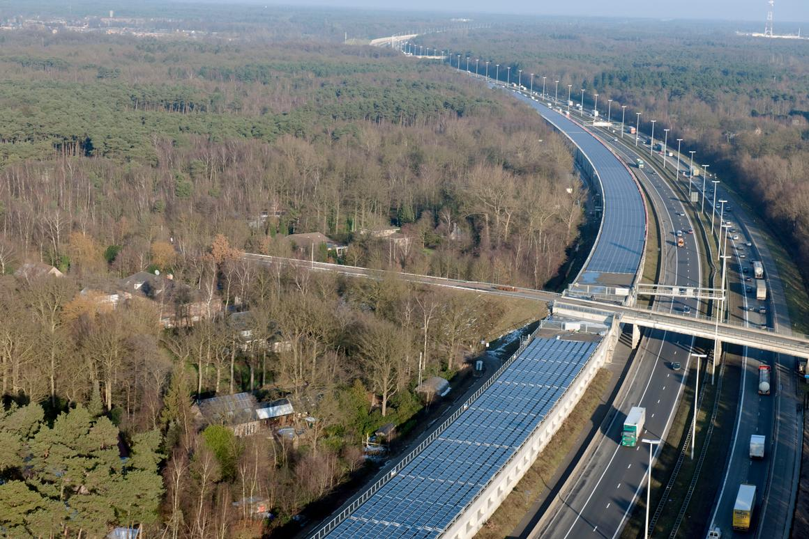About 4,000 trains per year - or the equivalent of a full day's worth of Belgian rail traffic - will be able to run entirely on solar power generated by the installation