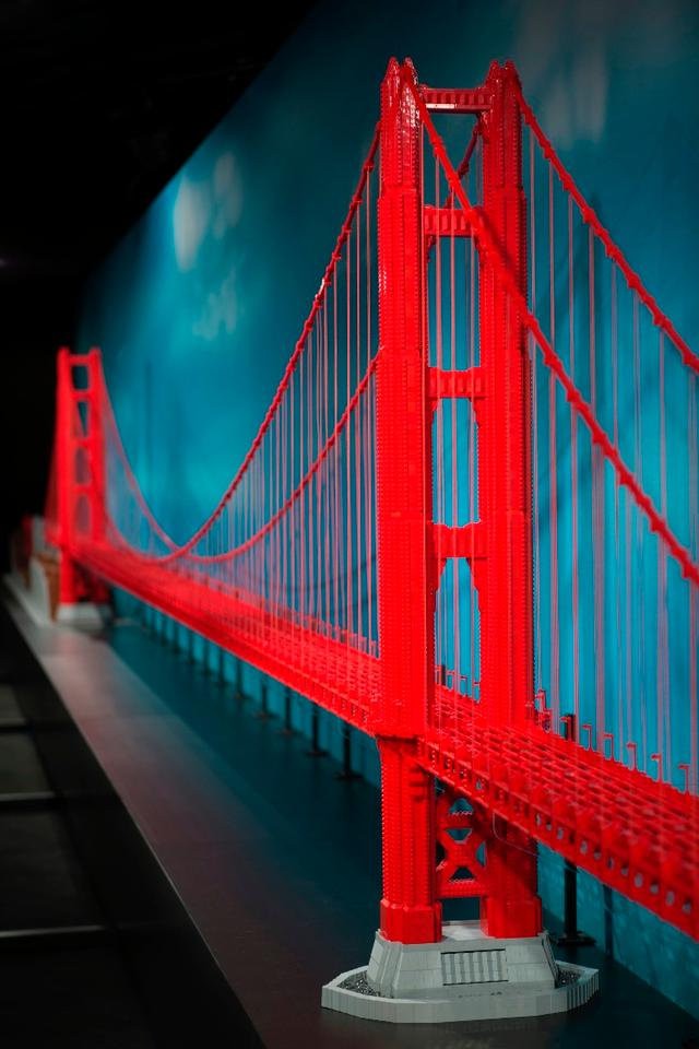 The 60-ft (18 m)-long Golden Gate Bridge was completed with 64,500 bricks in total