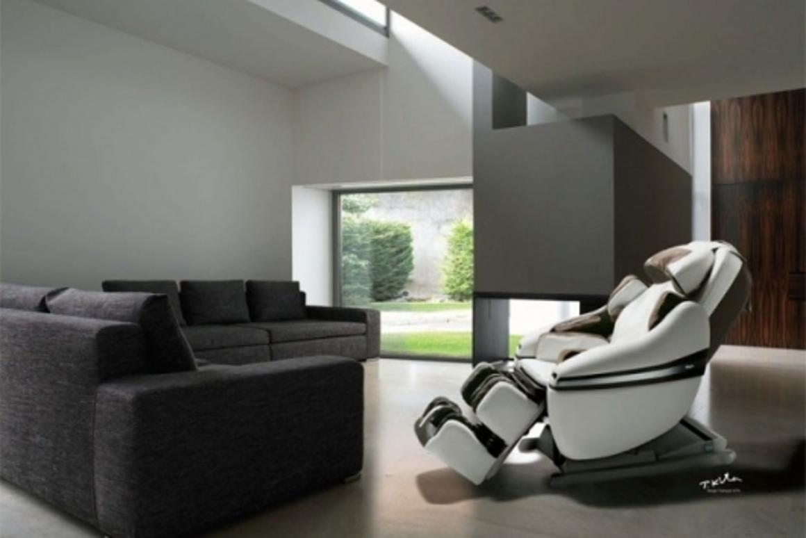 INADA's Sogno full-body massage chair