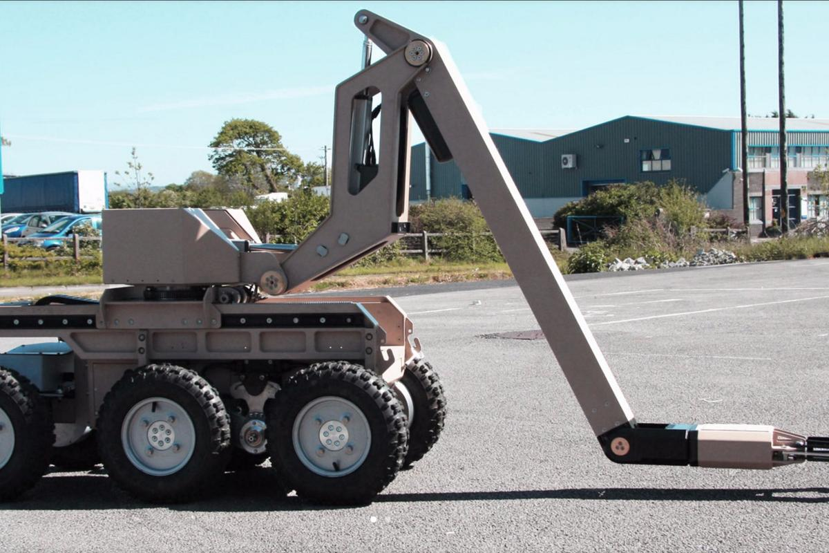 Reamda's Robot Reacher was an essential part of the operation, being used to precisely place cutting charges