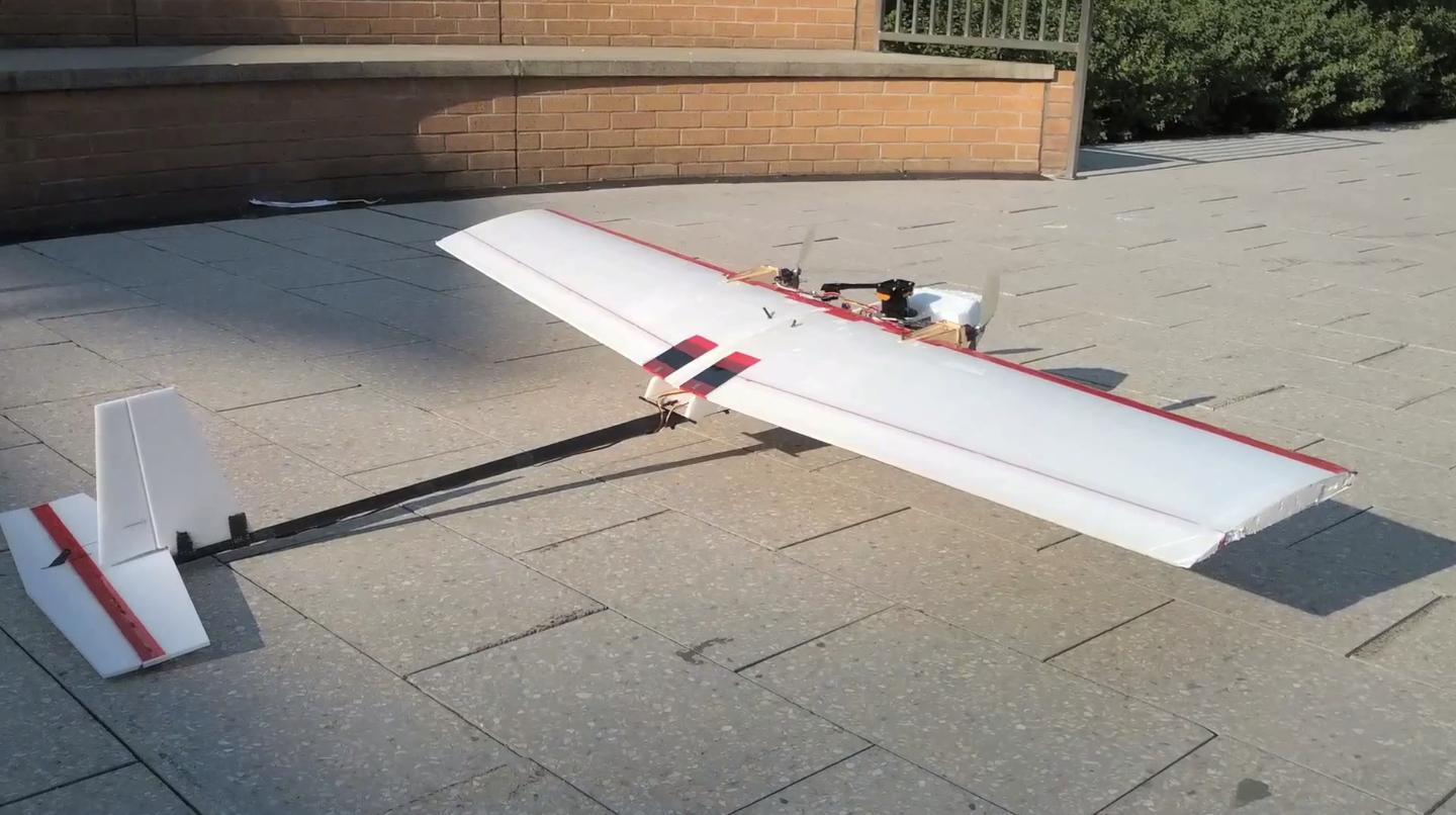 Researches at MIT have demonstrated a remarkable new autonomous, fixed-wing micro-UAV capable of flying and avoiding obstacles in an indoor environment