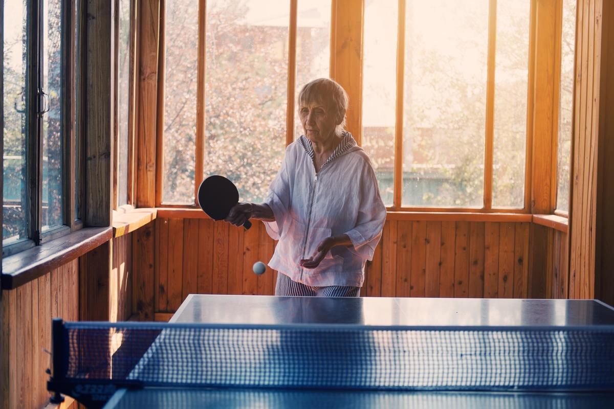 A pilot study has found that regular ping pong sessions may improve symptoms in elderly Parkinson's patients