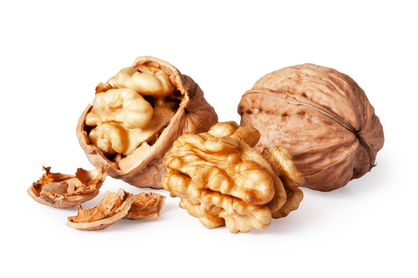 A scientific study has explored the appetite-suppressing effect of walnuts