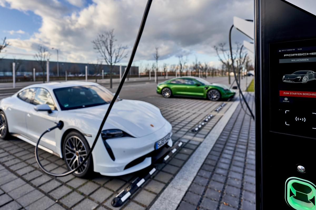 EV drivers of any brand can rapid-charge their vehicle for free at the Porsche Turbo Charging park in Leipzig until the end of March, 2020
