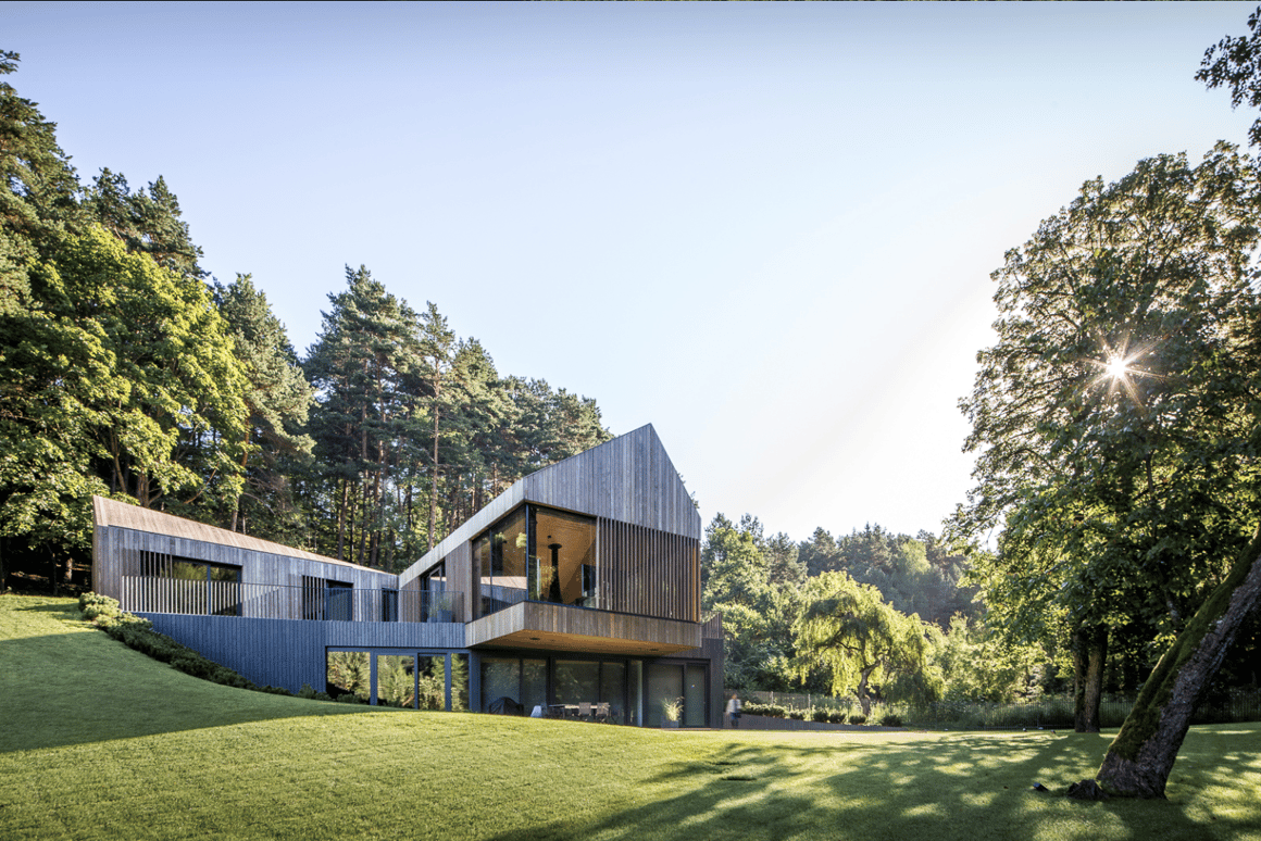 """TheValley Villa, by architecture firmArches, claimed a """"Merit"""" at the 2017 Wood Design and Building Awards"""
