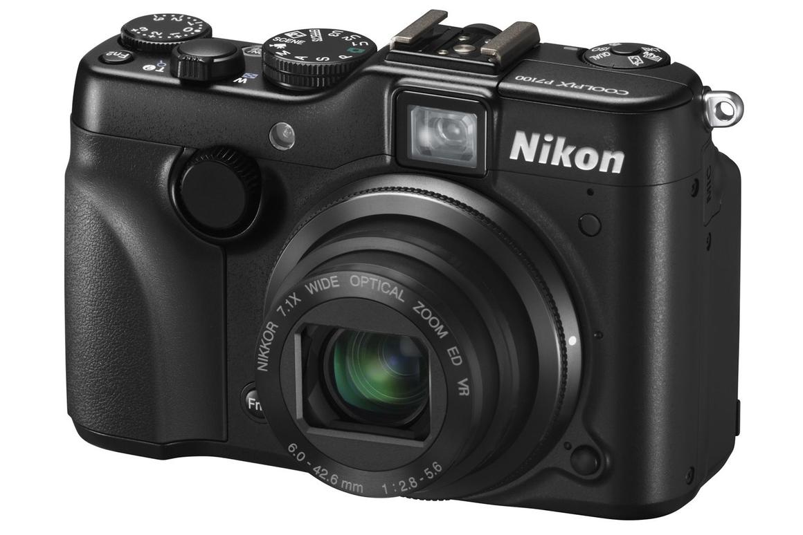 Ten compact cameras that out-snap the iPhone