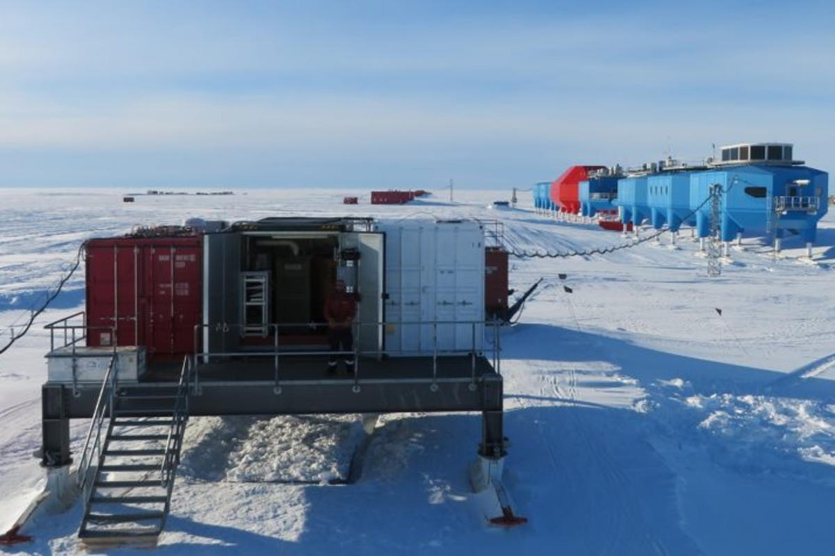 The Automation platform at Halley Research Station provides power to scientific instruments from a micro-turbine