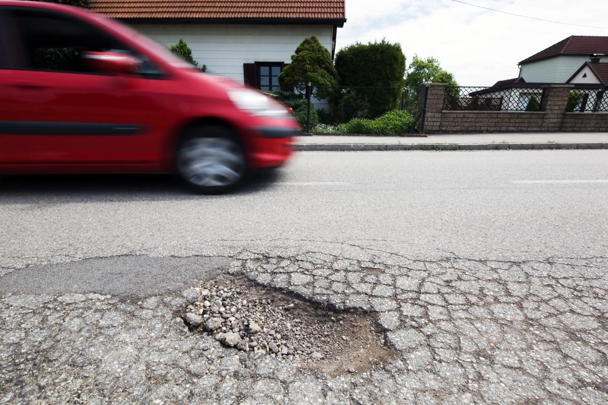 Adding bacteria could prevent de-icers from causing concrete used on roadways to crack