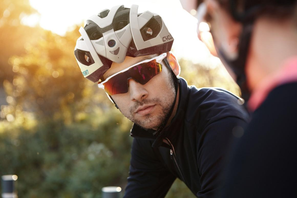 The Cyclevision Edge helmet boastsbuilt-in cameras in front and back