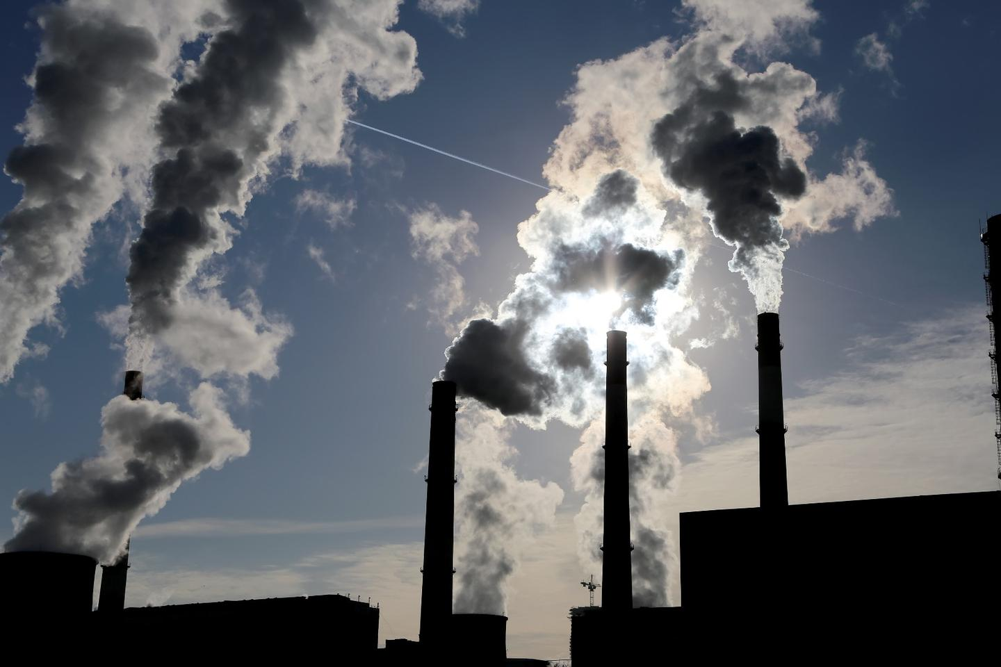 The authors report a record number of coal plant retirements in the last two years