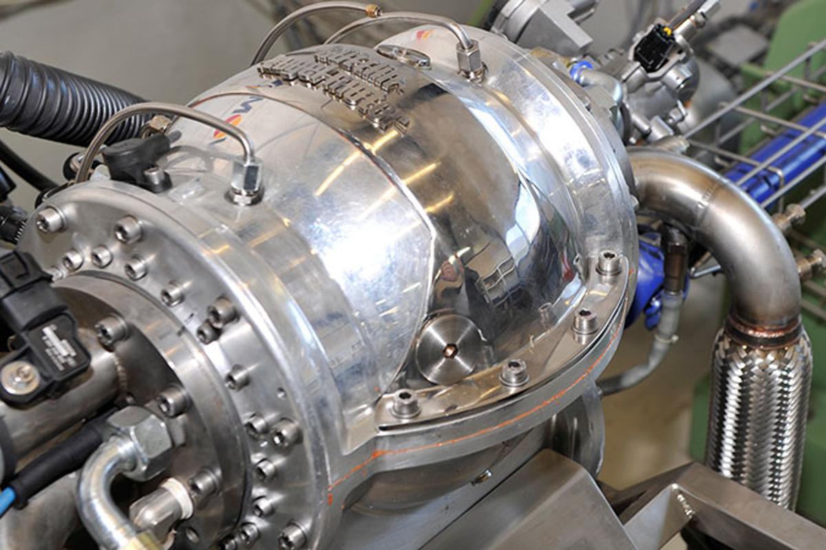 Huttlin kugel motor prototype under testing