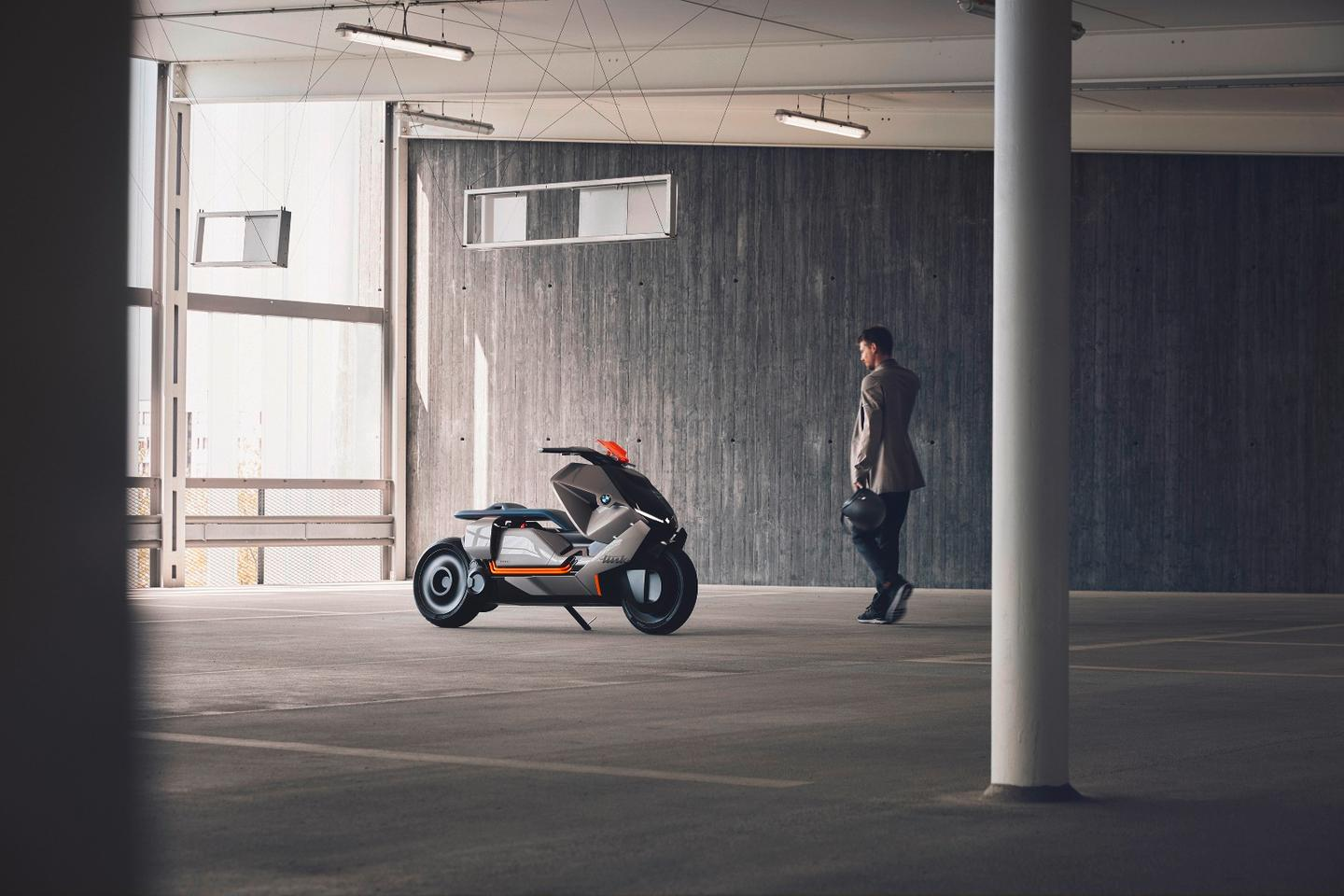 BMW Motorrad unveiled the Concept Link as a study on the future of urban mobility