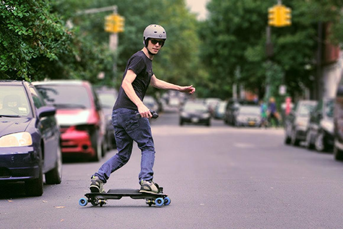 """The Leif skateboard brings electric-powered """"snowboarding"""" to the streets"""
