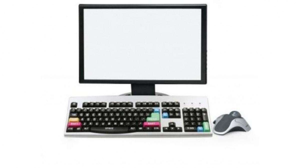 Big keys on the keyboard, a comfortable to use mouse and a screen with a computer inside - neat, tidy and easy to use