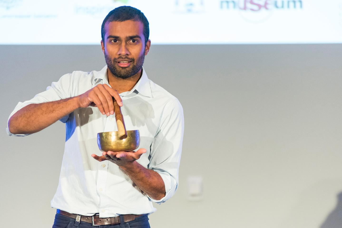 Dr Niraj Lal says that the way Buddhist singing bowls interact with light mimics the way they capture sound