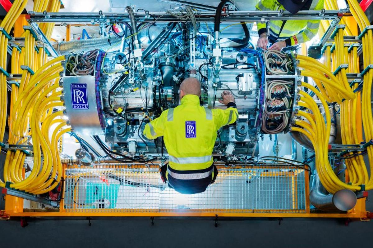 Rolls-Royce's new generator is about the size of a beer keg