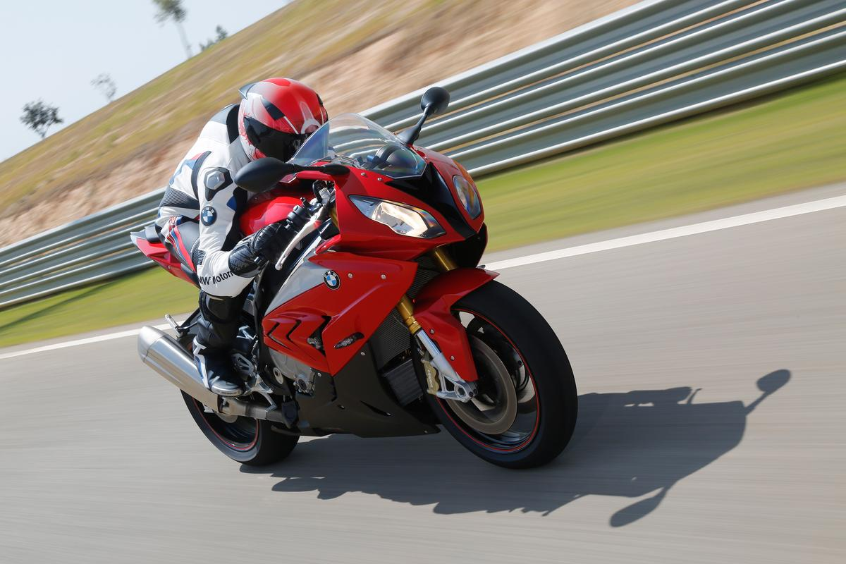 The 2015 BMW S1000RR just revealed at Intermot Cologne